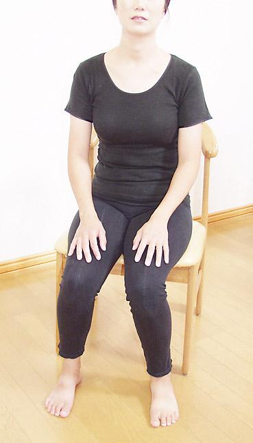 尿失禁の予防・改善に、座って行うトレーニング