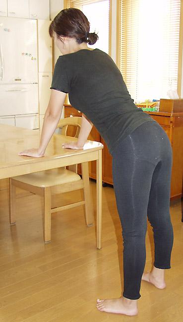 尿失禁予防のため、立ったままできる収縮体操